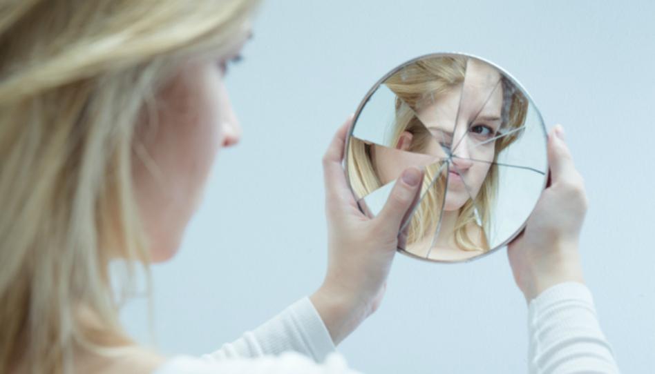 4 způsoby, o kterých si myslíte, že vyjadřují pokoru, mohou vlastně znamenat pýchu