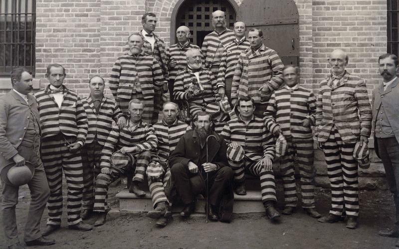 Muži. kteří praktikovali polygamii, ve vězení, polygamie