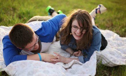 """Nejhorší rada o randění, kterou mohou mormoni dostat: """"Vezmi si pouze navrátivšího se misionáře"""""""