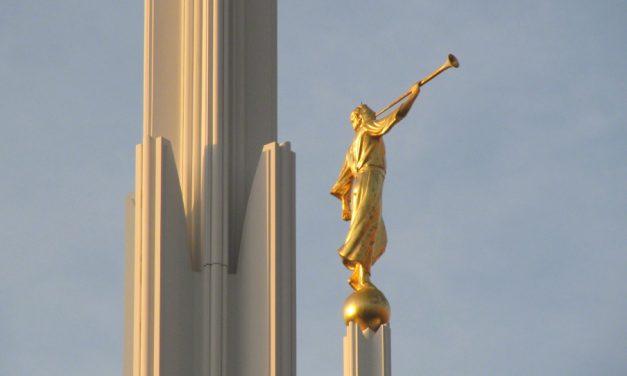 Věděli jste, že…?  Zajímavosti o soše anděla Moroniho na svatých chrámech