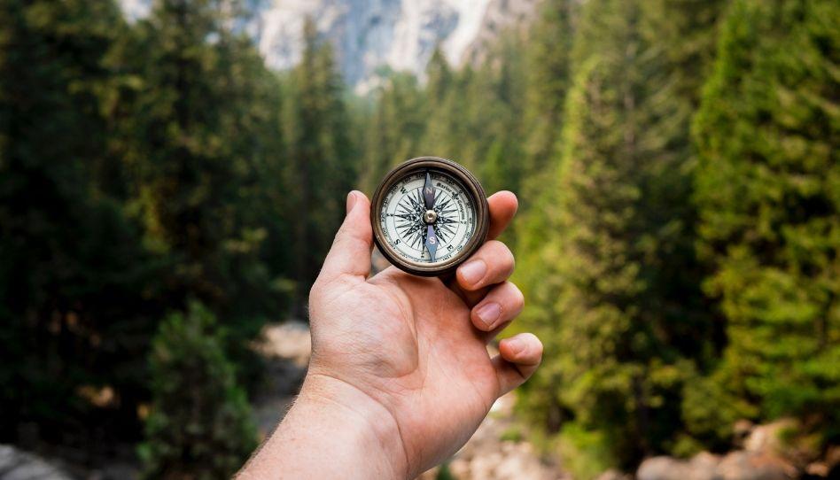 duch svatý nás vede komaps v ruce