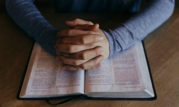 Bůh s námi komunikuje skrze písma