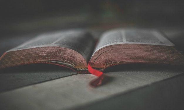 Co je to Starý zákon, kdo ho napsal a proč? Jak se k němu staví Církev Ježíše Krista?