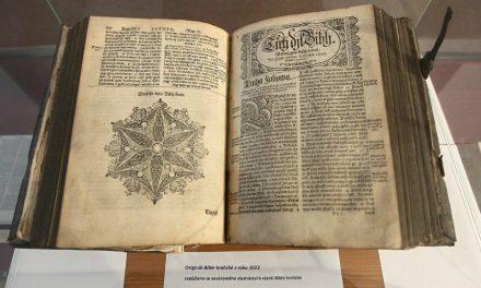 Kdo napsal Nový zákon a proč? Jak se k němu staví Církev Ježíše Krista?